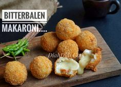 My Recipes, Snack Recipes, Cooking Recipes, Favorite Recipes, Indonesian Desserts, Indonesian Food, Healthy Snacks For Kids, Yummy Snacks, Bitterballen Recipe