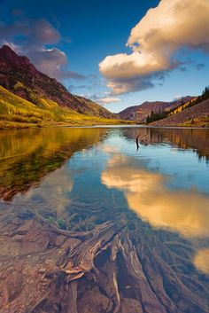 Maroon Bells, Snowmass Wilderness, Elk Mountains, central Colorado.The 181,535-acre wilderness was established in 1980 in the Gunnison and White River national forests. Within its boundaries are 100 miles of trails, 6 of Colorado's fourteeners and 9 passes over 12,000 ft. The wilderness is named after the two peaks known as the Maroon Bells as well as Snowmass Mountain.
