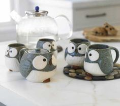 I've already pinned a version of this mug, but I love the aesthetic of the whole owl set!