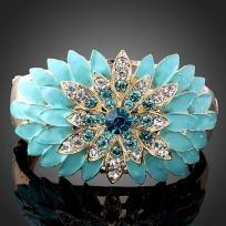 Swarovski Crystal sunflower 18KGold Pplated hinged Bracelet