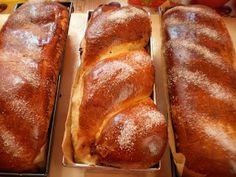 Cozonac Lory | Retete Culinare - Bucataresele Vesele Romanian Food, Romanian Recipes, Sweet Bread, Kitchen Hacks, Nutella, Banana Bread, Food And Drink, Sweets, Healthy Recipes