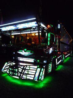 .JPB:Dekotora (Art truck of Japan) Collection