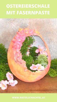 Wie man aus einem Luftballon und unserer Fasernpaste so tolle Deko für Ostern macht? 🌸😍 Das zeigen wir euch in unserem wöchentlichen Blog 😊 Terrarium, Blog, Home Decor, Egg Shell, Watercolors, Balloons, Easter Activities, Amazing, Deco