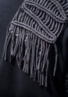 Fabric Manipulation - sustainable fashion using jersey remnants + crochet, knit & macrame techniques // Nunalab T Shirt Yarn, T Shirt Diy, Yarn Crafts, Fabric Crafts, Shirt Reconstruction, Fabric Embellishment, Textiles Techniques, Diy Fashion, Origami Fashion