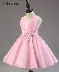 Vestido de fiesta para niña Little Girl Dresses, Girls Dresses, Flower Girl Dresses, Dope Outfits, Girl Outfits, Princes Dress, Frocks And Gowns, Custom Dresses, Dress Patterns