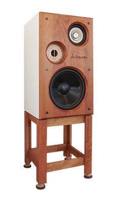A large, full-range loudspeaker designed for critical listening in the studio or home setting. Pro Audio Speakers, Floor Speakers, Monitor Speakers, Diy Speakers, Audio Music, Audio Design, Speaker Design, Sound Design, Studio Equipment