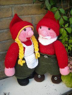 Kabouter echtpaar www.mijnwebwinkel.nl/winkel/tinekeshaakpatronen/
