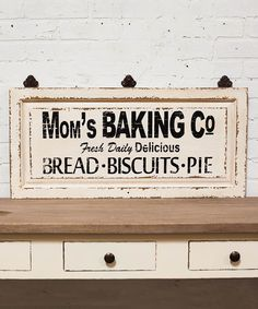 Showcase your baking skills with this wall sign that pays homage to your bread, biscuits and pies. Full graphic text: Mom's Baking Co. Rustic Signs, Wooden Signs, Wooden Decor, Diy Signs, Wall Signs, Succulent Garden Diy Indoor, Bakery Sign, Signs For Mom, Sent Bon