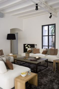 contemporary living room by YLAB Arquitectos - love this look! So calmin! Living Room Interior, Home Living Room, Living Spaces, Interior Architecture, Interior Design, Deco Design, Home And Deco, Living Room Inspiration, Modern Bedroom