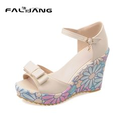 44.00$  Watch now - http://alilc4.shopchina.info/go.php?t=32795675463 - 2017 New Casual Buckle Strap platform extreme high heels Sandals Big Size 11 12 Flower Wedges women shoes woman ladies womens 44.00$ #shopstyle