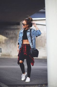 The Best Street Style Coming Out of New York Fashion Week School Outfits For Teen Girls, Outfits Teenager Mädchen, College Outfits, Outfits For Teens, Summer Outfits, Casual Outfits, Girl Fashion, Fashion Outfits, Womens Fashion