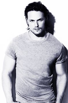 Scan of Sam Heughan in Muscle & Fitness + Detagged ...