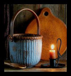 Primitive Small Size Nantucket Basket in *Early Blue* Milk Paint Extremely Aged Old Baskets, Vintage Baskets, Wicker Baskets, Woven Baskets, Primitive Homes, Country Primitive, Prim Decor, Country Decor, Country Charm