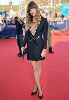 Lou Doillon in Perfect black -  Saint Laurent par Hedi Slimane