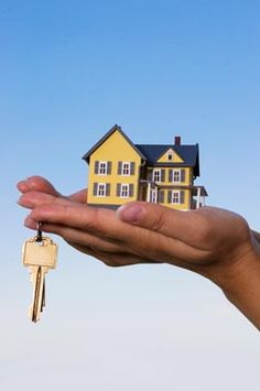 Hiring a good real estate agent is the best way for investing in real estate.