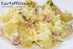 Kartoffelsalat (ensalada de patatas y pepinillos)