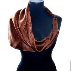 Купить Коричневый платок шелковый шелк жаккард крокодил подарок маме женщине - платок батик