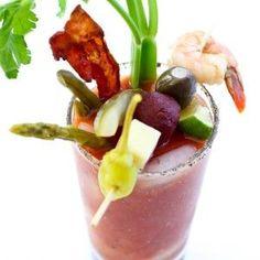 A melhor receita Bloody Mary e uma construir o seu próprio Bloody Mary Bar