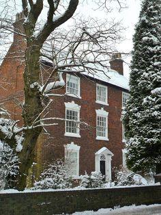 CURB APPEAL – another great example of beautiful design. Shutt Cross House, 19 Noddy Park, Aldridge, Walsall, England. Firth half 18thC; facade rebuilt 1800.