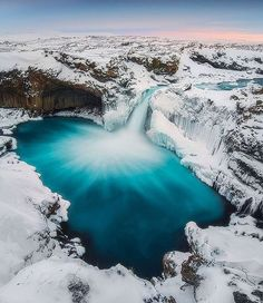 Our friend @iuriebelegurschi visited the highlands of #Iceland to shoot the stunning Aldeyjarfoss waterfall