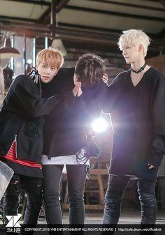 Jihun and Heejun most likely torturing poor Youjin... again, lol #크나큰 #KNK #Heejun #Youjin #Jihun