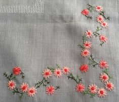 Marvelous Crewel Embroidery Long Short Soft Shading In Colors Ideas. Enchanting Crewel Embroidery Long Short Soft Shading In Colors Ideas. Hand Embroidery Flowers, Embroidery Works, Flower Embroidery Designs, Simple Embroidery, Learn Embroidery, Hand Embroidery Stitches, Crewel Embroidery, Ribbon Embroidery, Cross Stitch Embroidery
