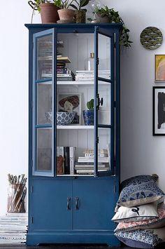 """Skåp i målat trä med vitrindörrar och vridhandtag. 2 fasta hyllplan av trä. Underskåp utan hyllplan. Höjd 180 cm. Djup 40 cm. Bredd 80 cm. Lev. monterat. Vikt 34 kg. Läs om fraktavgiften under fliken """"Leverans"""". Furniture, Multipurpose Furniture, Interior, Curtains Living Room, Cabinet, Dining Room Dresser, House Interior, Furniture Rehab, Home And Living"""