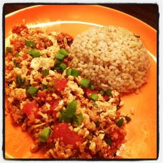 Easy and yummy thai egg-stir-fry with tomatoes!