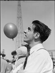 Palisades Amusement Park [Man at the amusement park.] (1946) by Stanley Kubrick