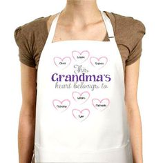 Personalized Apron--Who wouldn't love this personalized apron surrounded by all of the names of precious children or grandchildren? Apron is perfect for those home cooks! Personalized with up to 30 names! Mum Gifts, Personalized Aprons, Cute Aprons, Grandmother Gifts, Precious Children, Grandparent Gifts, Grandchildren, Ramadan, Silhouette Cameo