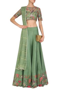 Mansi Malhotra presents Forest Green embroidered blouse, skirt, lurex dupatta and inner set available only at Pernia's Pop Up Shop. Dress Indian Style, Indian Dresses, Ethnic Outfits, Indian Outfits, Traditional Fashion, Traditional Dresses, Indian Attire, Indian Wear, Abaya Fashion