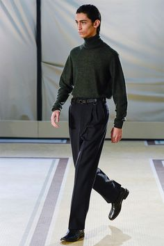 Lemaire showed its Fall/Winter 2017 collection during Paris Fashion Week.