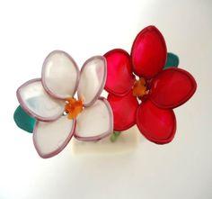 #Flores de #alambre y #barnizdeuñas #manualidades #floresdealambre http://abt.cm/1Yvghte