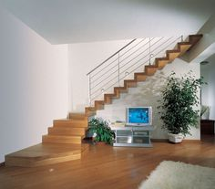 Wood Closed Structure Hanging staircases photo gallery and technical informations