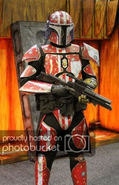 Custom Mandalorian Bounty Hunter [Tutorial] To Cool! Character Concept, Character Art, Character Design, Mandolorian Armor, Mandalorian Costume, Chasseur De Primes, Star Wars Bounty Hunter, Larp, Cosplay Armor