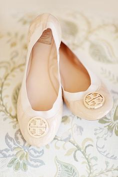 Simply+Bloom+Photography+via+Wedding+Chicks+Shoes+Tory+Birch