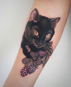 Happy 🐈✨⠀ ⠀ We just love this gorgeous house panther with amber eyes! Ameowzing cattoo made by Cat Eye Tattoos, Black Cat Tattoos, Animal Tattoos, Body Art Tattoos, Cool Tattoos, Tatoos, Portrait Tattoo Sleeve, Cat Portrait Tattoos, Sleeve Tattoos