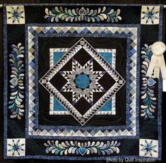 Tangled Up in Blue by Debbie Stanton.  2016 AZQG show.  Photo by Quilt Inspiration.