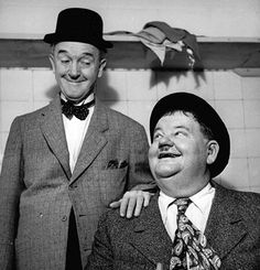 They are Comedians of the old mute movies of the Comedy Show #LaurelAndHardy of #Hollywood from the World ||| #MemoryHollywood ...