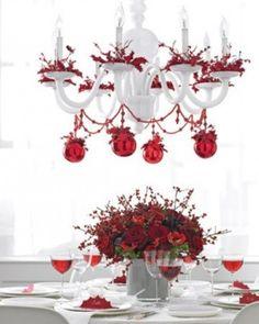 Tavola di Natale, decorazione bianco e rosso