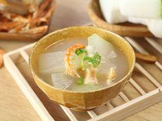 Cách nấu món canh bí đao tôm khô ngọt mát, ngon miệng - http://congthucmonngon.com/102075/cach-nau-mon-canh-bi-dao-tom-kho-ngot-mat-ngon-mieng.html