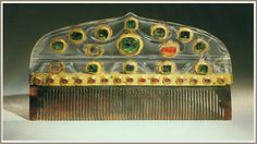 This beautiful rock crystal handle likely dates back far before its actual use as a comb, and may have even been cut from a solid block of crystal in medieval times.      Turkey, late 16th–17th century  Rock crystal inlaid with gold and set with emeralds and rubies; horn or tortoiseshell  The al-Sabah Collection, Dar al-Athar al-Islamiyyah, Kuwait   Copyright © The al-Sabah Collection, Dar al-Athar al-Islamiyyah, Kuwait