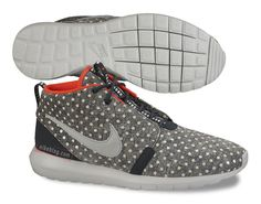 Nike Roshe Run NM Sneakerboot POLKA DOT!!