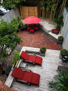 23 Small Backyard Ideas How to Make Them Look Spacious and Cozy | Architecture & Design