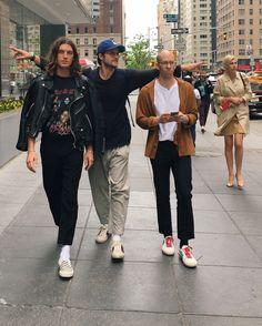 hi from new york. Fashion 2020, Mens Fashion, Fashion Outfits, Lany Band, Ilysb Lany, Paul Jason Klein, Fille Gangsta, Paul Jackson, Grunge Guys