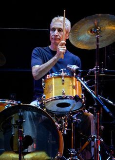 Rolling Stones drummer, and original band member Charlie Watts performs during the opening night of the Stones U. tour in Boston, Mass. Elvis Presley, Charlie Watts, Charlie Charlie, Gretsch Drums, Vintage Drums, Drummer Boy, How To Play Drums, Best Rock, Drum Kits