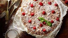 Czekoladowa tęcza ze świeżymi owocami - przepis • Kuchnia Lidla Lidl, Camembert Cheese, Pudding, Sweets, Plates, Eat, Food, Pastries, Mascarpone