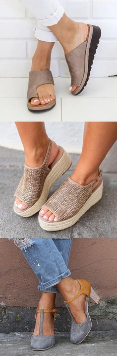 SHOP Hot Summer Sandals for You to Be Ready for Your Summer!Up to - Simone Freitag - Damen Hochzeitskleid and Schuhe! Comfy Shoes, Cute Shoes, Comfortable Shoes, Me Too Shoes, Summer Dress, Summer Shoes, Summer Outfits, Summer Sandals, Spring Summer