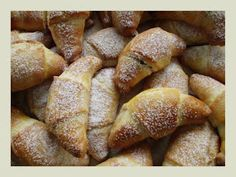 Czech Recipes, Russian Recipes, Sweet Tooth, French Toast, Bread, Baking, Breakfast, Czech Food, Searching