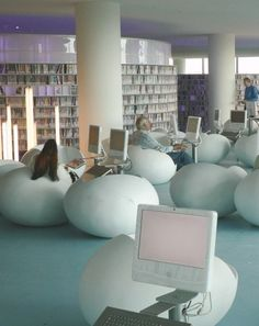 Public Library Openbare Bibliotheek Amsterdam - new versus ancient, modern versus classic . old books in ancient buildings and new books in modern buildings seems perfect to me Public Library Design, Library Cafe, Modern Library, Dream Library, Library Ideas, Home Libraries, Public Libraries, Library Architecture, Library Furniture